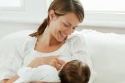 Кърменето развива белите дробове на бебето
