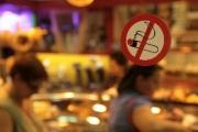 МЗ категорично против връщане на пушенето на закрито