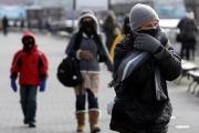 Настаниха трима с измръзвания в болница във Варна
