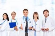 Младите лекари ще получат право на договор с касата