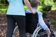На 1445 хора с увреждания са издадени направления за ползване на личен асистент