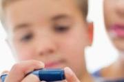 Родители на деца с диабет негодуват срещу Здравната каса