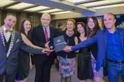 """Съдовите хирурзи на Болница """"Тракия"""" с награда за иновации в медицината от БЛС"""