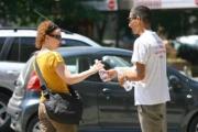 В София раздават вода заради жегите