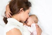 """Ароматът на бебетата предизвиква думите """"Ще те изям"""""""
