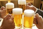 Консуматорите на бира са по-щастливи