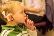 Във ВМА започват прегледи за деца със съмнения за глухота