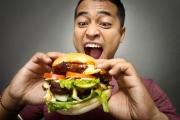 Как лишаването от сън влияе на апетита?