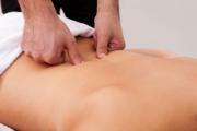 В шиацу масажа се използват и лакти, колене и стъпала