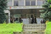 Служителите на болниците във Враца и Ловеч получиха заплатите си