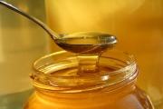 Медът действа по-добре, отколкото някои лекарства за кашлица