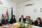 Проект ще подобрява ромската здравна култура