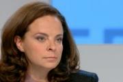 Министър Анреева успокоява болниците, че ще получат парите си