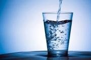 Българите не пият достатъчно вода показа лятно проучване