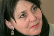 Директорката на Фонда за лечение на деца иска още служители, обвиняват я в бюрократизъм