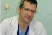 Старозагорка благодари на пловдивския хирург д-р Анастас Чапкънов