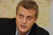 Министър Москов: Когато ресурсите за здравеопазване се разпределят между 400 болници, се получават лоши резултати