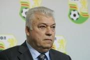 75 кашона с храни дари футболната легенда Христо Бонев на пловдивска болница