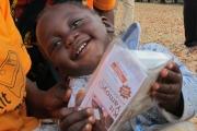Кока-Кола раздава медицински комплекти в Африка