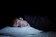 Безсънието изостря глада
