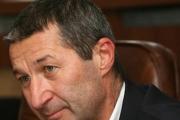 Леките наркотици да се продават в аптеките, иска Владимир Каролев
