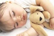 Как да приспиваме бебето