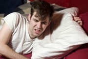 Рязкото нощно събуждане издава здравословни проблеми