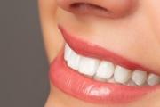 Пептиден лак пази зъбите от бактериите