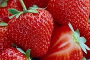 И ягодите са оръжие за бели зъби