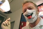 Около 200 са зъболекарите у нас, занимаващи се с имплантология
