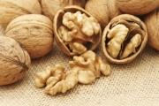 Орехите намаляват риска от рак на гърдата