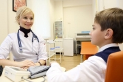 Връщат здравните кабинети в училища и детски градини