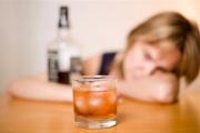 Алкохолната зависимост да се лекува по клинична пътека, искат експерти